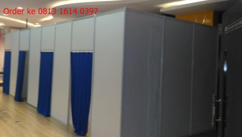 SEWA FITTING ROOM  sewa partisi pameran